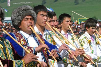 Выставка национальных инструментов