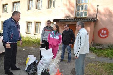 Коркинские ветераны помогают беженцам