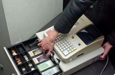 В Коркино украли деньги в магазине