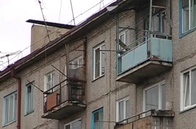 Посторонних, занявших квартиру сирот, выселяют через суд