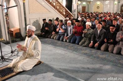 Мусульмане отмечают праздник разговения