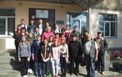 Коркинские полицейские и ученики провели субботник