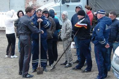 Полицейские Коркино приняли участие во Всероссийском субботнике