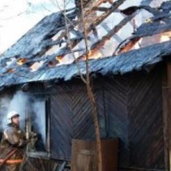 В Коркино горел садовый домик