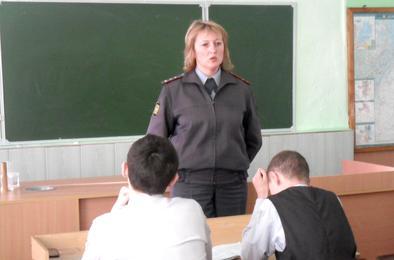Полиция Коркино консультирует молодёжь