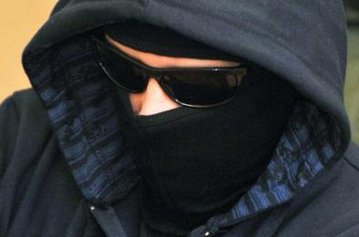 В Коркино разыскивают грабителя, обобравшего два магазина