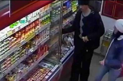 Коркинец пытался вынести продукты из магазина