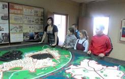 Юные геологи Коркино познакомились  с «Максом»