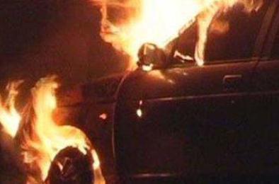 Сегодня ночью у коркинца подожгли автомобиль