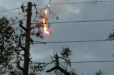 Из-за пожара на электроопоре сегодня в Коркино отключили свет