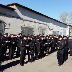 Полицейские Коркино переоделись в летнюю форму