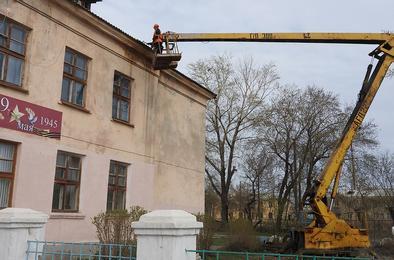 Розинские школы помогли отремонтировать депутаты
