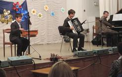 В концерте выступили творческие коркинские семьи