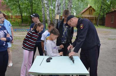 Коркинских ребят учили безопасному поведению