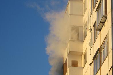 В многоквартирном доме Коркино случился пожар