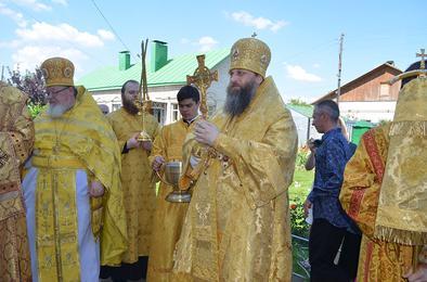 Сегодня в Коркино побывал митрополит Челябинский и Златоустовский Никодим.