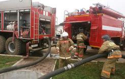В Коркино подожгли две «Газели» во дворе дома