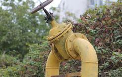 На Розе трактор повредил газопровод