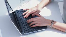 Более половины документов выданы в электронном виде