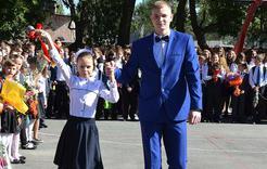 В Коркинском районе за парты сели почти семь тысяч школьников