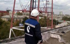 В Челябинске красят башню связи высотой почти сто метров