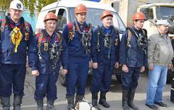 Смотр спасателей Коркинского района прошёл на Комсомольской площади