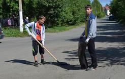 В Коркинском районе работали три сотни подростков