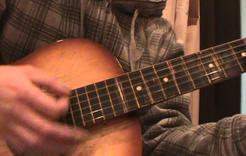 В выставочном зале Коркино – «Разговор с гитарой»