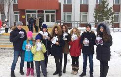 Ученики коркинской школы подарили мамам праздник