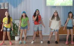 Школьники Коркино устроили своё шоу «Голос»