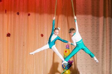 Коркинская детская цирковая студия стала героем телесюжета