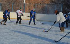 В Коркино завершился турнир по хоккею в валенках