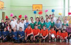 Школьники Коркино провели товарищеские матчи по пионерболу
