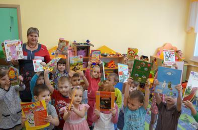 Коркинцы дарили книги с любовью