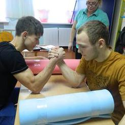 Воспитанники коркинских центров помощи детям погрузились в военную тему