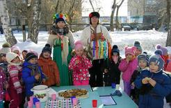 Коркинские детсадовцы весну встречали блинами