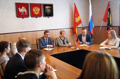 Коркинская молодёжь встретилась с главой района