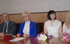 Работники культуры Коркинского района принимали поздравления