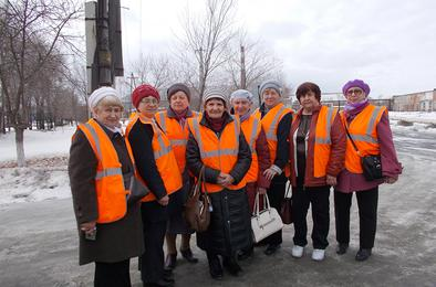 Коркинские ветераны оценили производство фабрики «ЮжУралКартон»