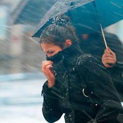 Синоптики прогнозируют на Южном Урале штормовой ветер