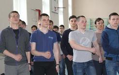 Студенты КГСТ готовятся к конкурсу песни и строя