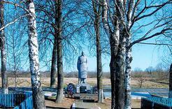 Коркинец побывал на могиле деда, погибшего в Белоруссии