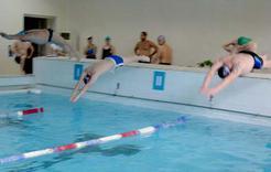 В Коркинском районе День России отметили эстафетой по плаванию