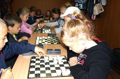 Спартакиада среди коркинских лагерей открылась шашками