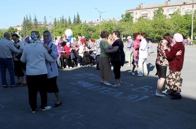 В Коркинском районе открыли сезон воскресных вечеров