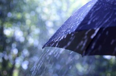 МЧС распространило экстренное предупреждение в связи с ливнями