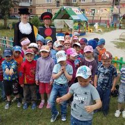 Детсадовцы Коркино научили Шапокляк правилам