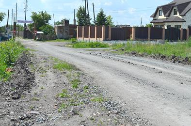В Коркино депутаты и жители благоустроили дорогу до сада общими усилиями