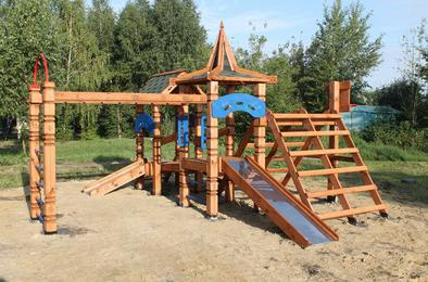 На Розе появились четыре новых детских площадки