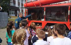 В Коркинском районе состоялась выставка спецтехники экстренных служб